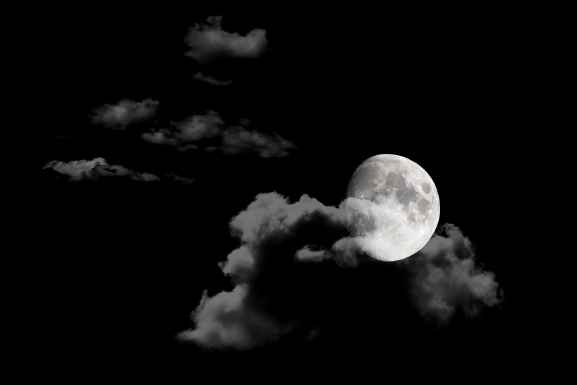 moon-in-night-sky-background_M12NT3w_